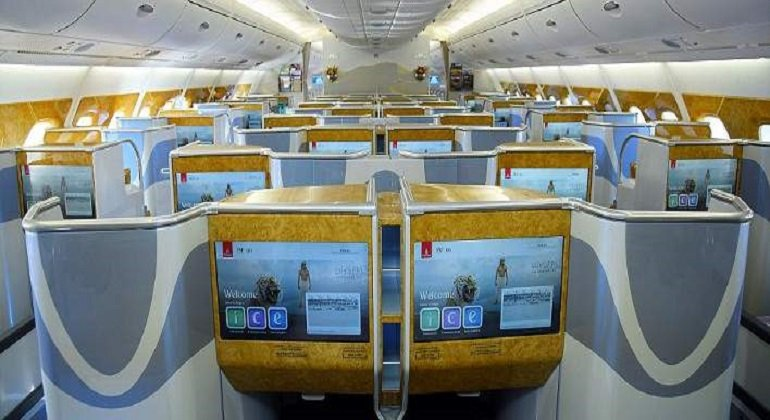 emirate airlines flights