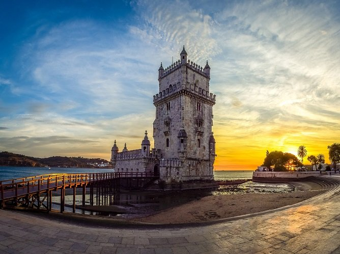 cheapest flights to portugal